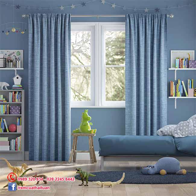 Lắp rèm vải cho cửa sổ